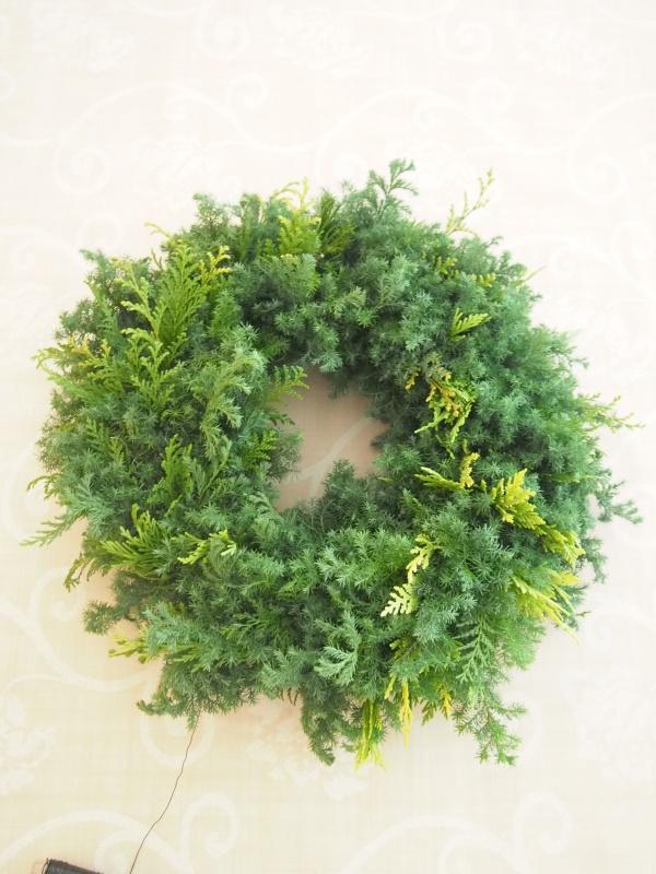 エバーグリーンクリスマスリースの作り方