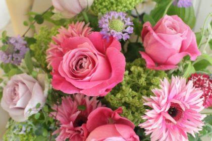 御祝いフラワーギフト・バラ・オールフォーラブ・ライラッククラシック、誕生日のプレゼント、母の日のプレゼント